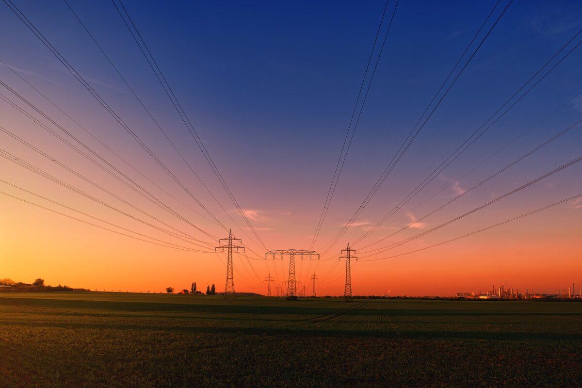 Strompreise steigen durch höhere Netzgebühren und EEG-Umlage